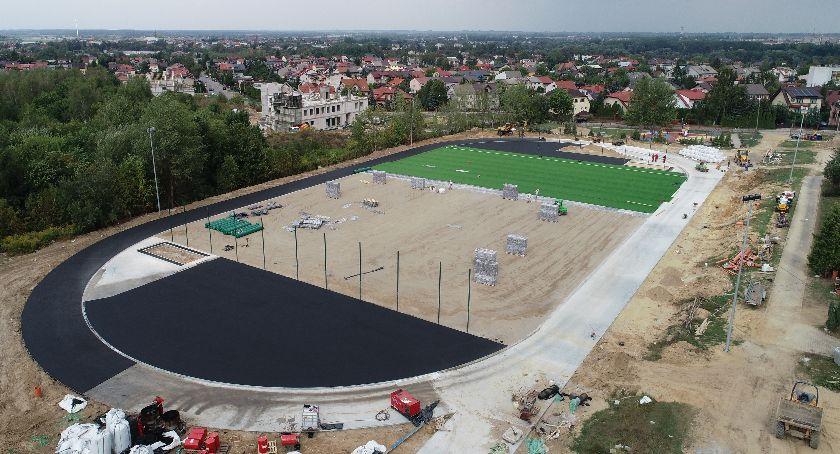 Inwestycje, Budowa nowego kompleksu sportowego Ciechanowie finiszu - zdjęcie, fotografia