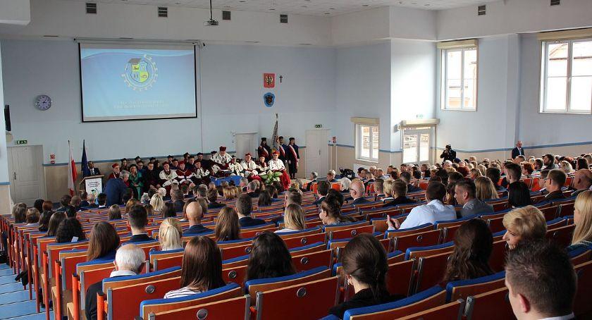 Edukacja, Wyjątkowa inauguracja akademickiego ciechanowskiej uczelni [program] - zdjęcie, fotografia