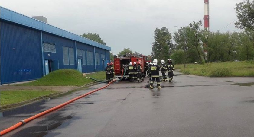 Pożary, Pożar drukarni terenie Ciechanowa - zdjęcie, fotografia