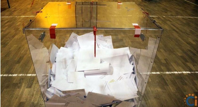 Wybory, Wyniki wyborów Sejmu został posłem okręgu płocko ciechanowskiego - zdjęcie, fotografia