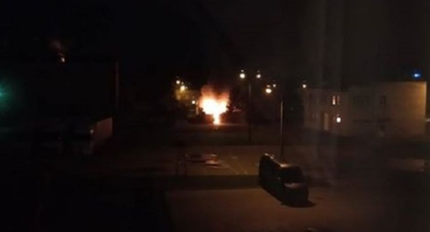Pożary, Pożar remizie Glinojecku spłonął budynek [zdjęcia] - zdjęcie, fotografia