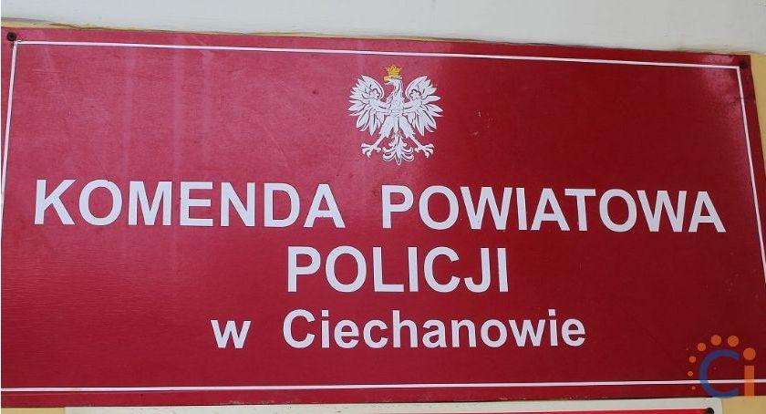 Kradzieże i włamania, Policjanci Ciechanowa zatrzymali włamywacza Szukają teraz właścicieli odzyskanych przedmiotów - zdjęcie, fotografia