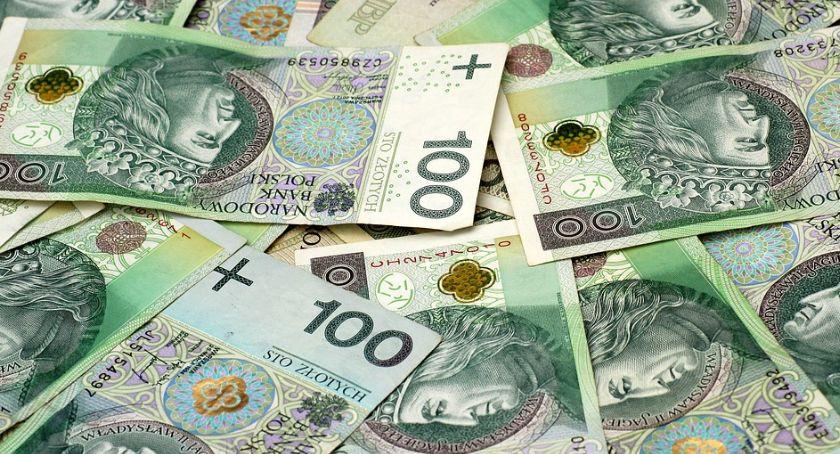 Samorząd, pieniądze pracownie informatyczne szkołach powiatu ciechanowskiego - zdjęcie, fotografia