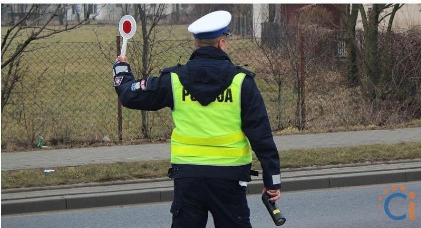 Działania Prewencyjne, gazu! ciechanowskich drogach trwają wzmożone kontrole - zdjęcie, fotografia