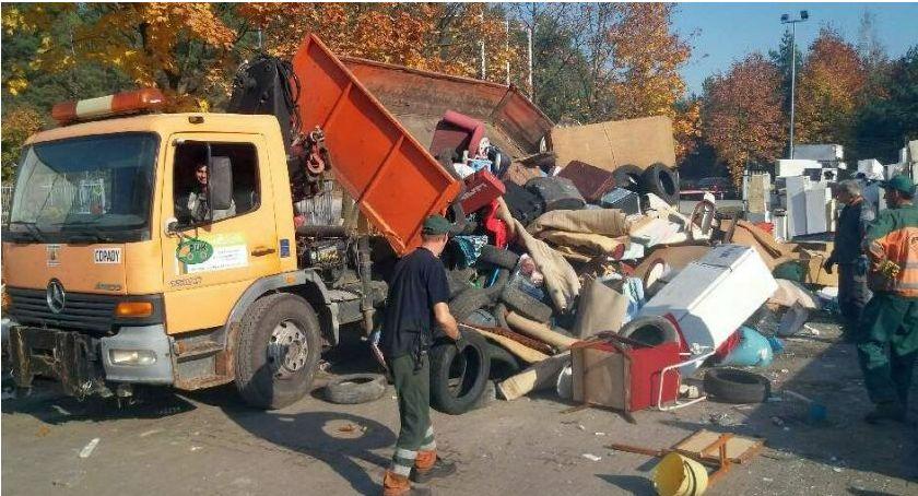 Komunikaty, Ciechanowie odbiorą odpady wielkogabarytowe zabudowy wielorodzinnej - zdjęcie, fotografia