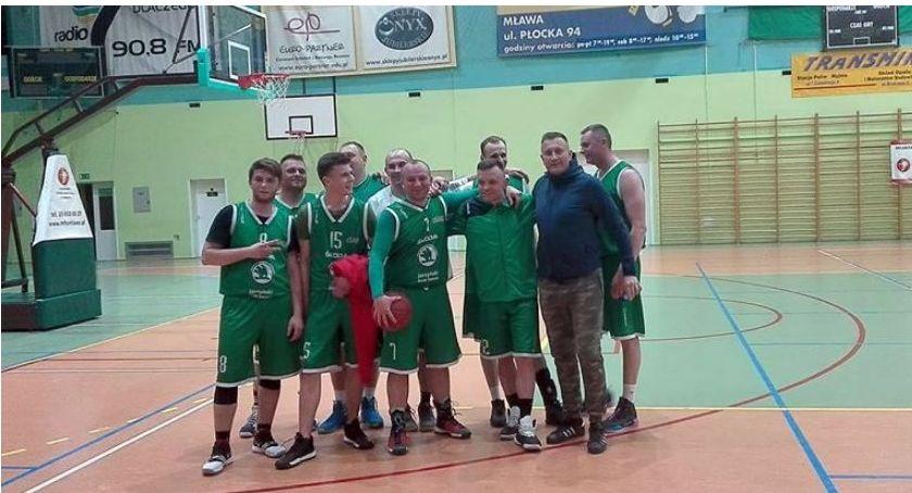 Koszykówka, Koszykarze Ciechanowa rozpoczęli sezon zwycięstwa - zdjęcie, fotografia