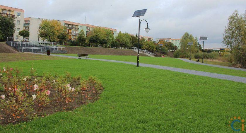 Samorząd, Ratusz zapewnia nowym parku pojawią kamery - zdjęcie, fotografia