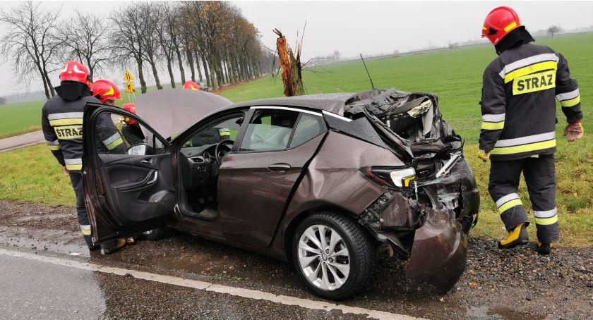 Wypadki drogowe, AKTUALIZACJA Poważny wypadek Ciechanowem [zdjęcia] - zdjęcie, fotografia