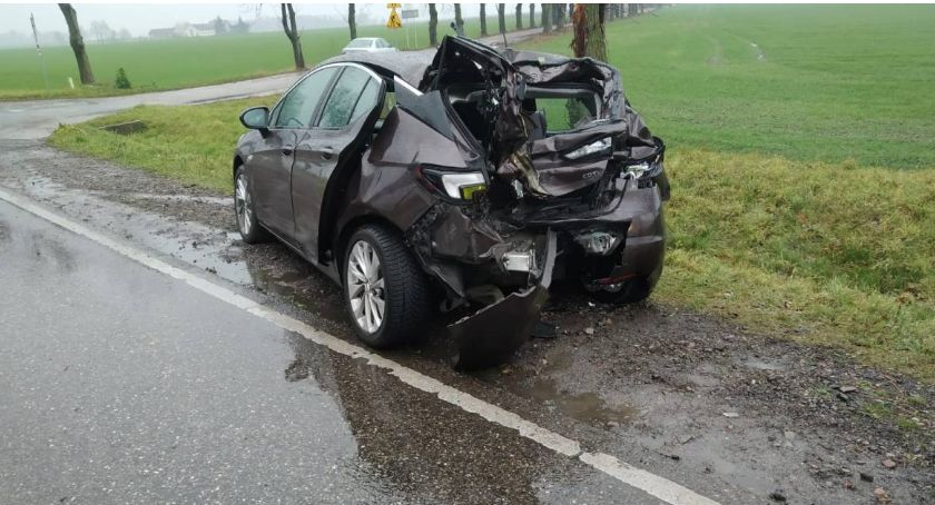 Wypadki drogowe, osoby ranne Policyjne ustalenia wypadku Ciechanowem - zdjęcie, fotografia