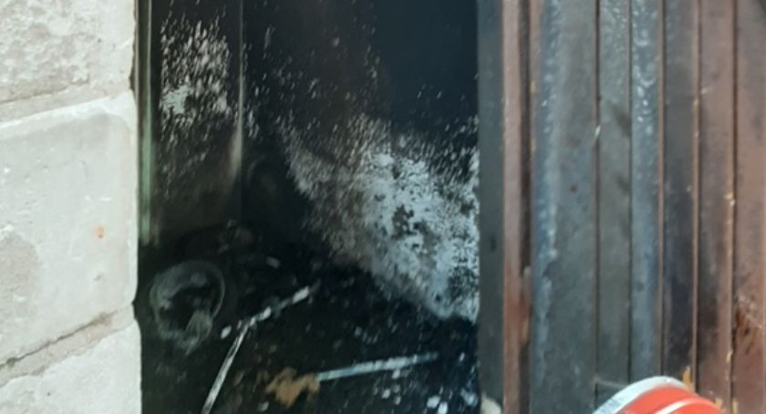 Pożary, AKTUALIZACJA Pożar wózka dziecięcego Ciechanowie osoby poszkodowane [zdjęcia] - zdjęcie, fotografia