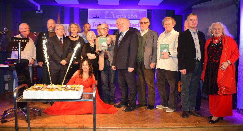 Inne Wydarzenia, Ciechanowie odbył jubileusz lecia Związku Literatów Mazowszu (zdjęcia) - zdjęcie, fotografia