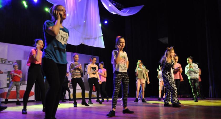 Teatr, Premiera spektaklu teatralno tanecznego Kopciuszek PCKiSz (zdjęcia) - zdjęcie, fotografia