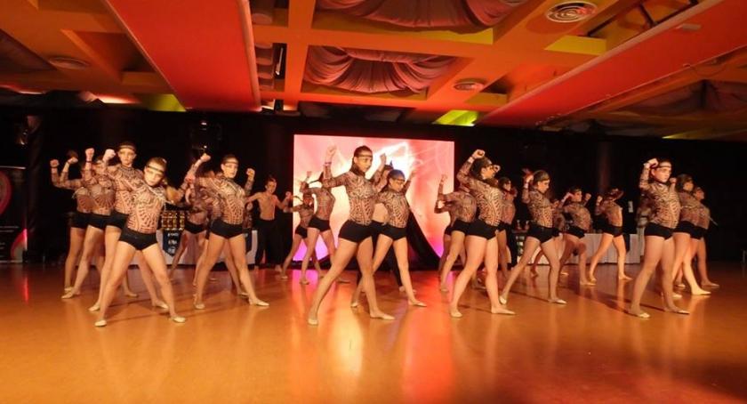 Taniec, Wielki sukces tancerzy Ciechanowa Formacja FreakShow tytułem mistrzów świata! - zdjęcie, fotografia