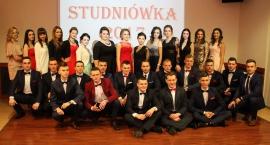 Studniówka w Zespole Szkół Technicznych w Ciechanowie (zdjęcia)