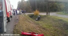 Motocyklista uderzył w osobówkę pod Glinojeckiem (zdjęcia)