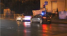 Kierowca taksówki potrącił kobietę w centrum Ciechanowa