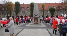 Uczniowie SP 6 uczcili rocznicę odzyskania niepodległości (zdjęcia)