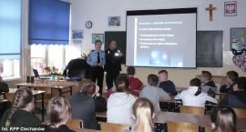 O fajerwerkach w ciechanowskich szkołach