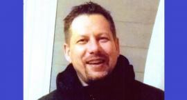 Wyszedł z domu i nie wrócił. Policja i rodzina szukają zaginionego 43-latka