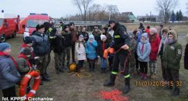 Mężczyzna wpadł do rzeki! Pokaz ratownictwa wodnego w Sońsku (zdjęcia)