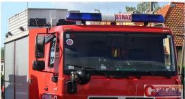 Renault zapaliło się podczas jazdy na ul. Armii Krajowej
