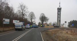 Zderzenie osobówek przy wieży na drodze Ciechanów - Mława (zdjęcia)