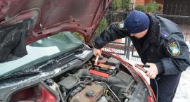 Straż Miejska pomaga ciechanowianom uruchomić samochody