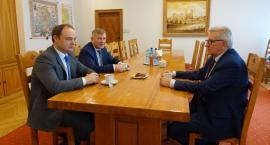 Po likwidacji PKS: Starostowie trzech powiatów spotkali się w Ciechanowie