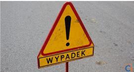 Zderzenie osobówek na skrzyżowaniu ul. Mleczarskiej i Tysiąclecia