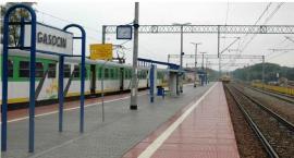 Tragedia w Gąsocinie. Mężczyzna zginął pod kołami pociągu