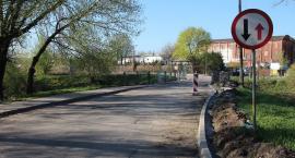 Remontują ul. Augustiańską, ale mostu jeszcze nie poszerzą [zdjęcia]