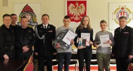 Uczniowie z pow. ciechanowskiego wzięli udział w Turnieju Wiedzy Pożarniczej [zdjęcia]