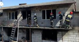 Groźny pożar domu. Trzyosobowa rodzina straciła cały dobytek [zdjęcia]