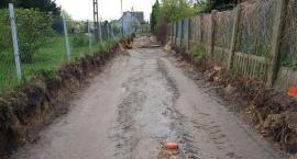 W Glinojecku ruszyła przebudowa ulicy. Kierowcy muszą liczyć się z utrudnieniami