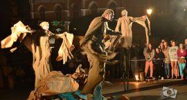 Parada na ulicach, spektakl w centrum - relacja z kolejnego dnia Dionizji (wideo)