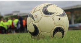 Niższe ligi: Niespodziewana porażka Kryształu, Tęcza i Opia na remis