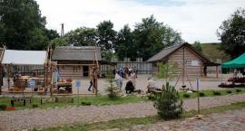 Dzień z życia średniowiecznej osady w Grudusku