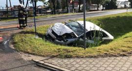 Osobowy Ford zderzył się z ciężarówką w Glinojecku [zdjęcia]