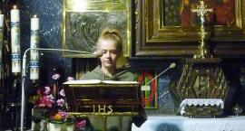 W Ciechanowie po raz drugi odbyło się Nocne Czytanie Psalmów [zdjęcia]