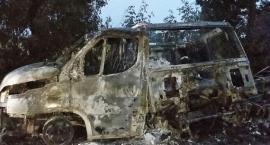 Nocny pożar samochodu dostawczego [zdjęcia]