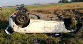 Groźny wypadek pod Glinojeckiem. Dwie osoby ranne [zdjęcia]
