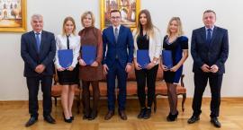 Najlepsi studenci PWSZ w Ciechanowie nagrodzeni