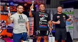 VIII Otwarte Zawody w Wyciskaniu  Sztangi Leżąc z rekordem 257,5 kg i żeńskim akcentem [foto/wideo]