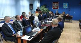 Wójt i radni gminy Ciechanów złożyli ślubowanie. Znamy skład prezydium Rady [zdjęcia]