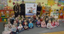 Strażak z wizytą u ciechanowskich przedszkolaków [zdjęcia]