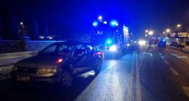 Wypadek na skrzyżowaniu w Glinojecku. Ranna 28-latka [zdjęcia]