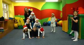 Świąteczne szaleństwa w Radosnej Szkole [zdjęcia]