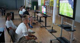 Ponad 100 zawodników walczyło w Nocnym Turnieju Fifa (zdjęcia)