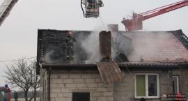 10-osobowa rodzina straciła w pożarze dach nad głową [zdjęcia]