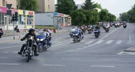 Motocykliści przejechali ulicami Ciechanowa (video i zdjęcia)